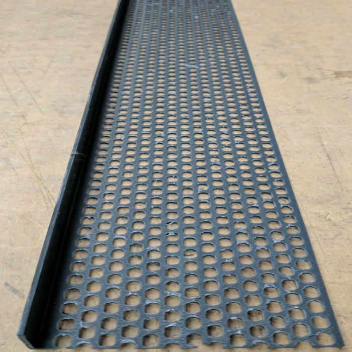 Wemico 30mm x 60mm x 2.5m Black PVC Ventilation Angle 1 length