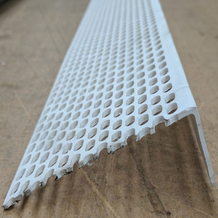 Wemico 30mm x 70mm x 2.5m White PVC Ventilation Angle (1 length)