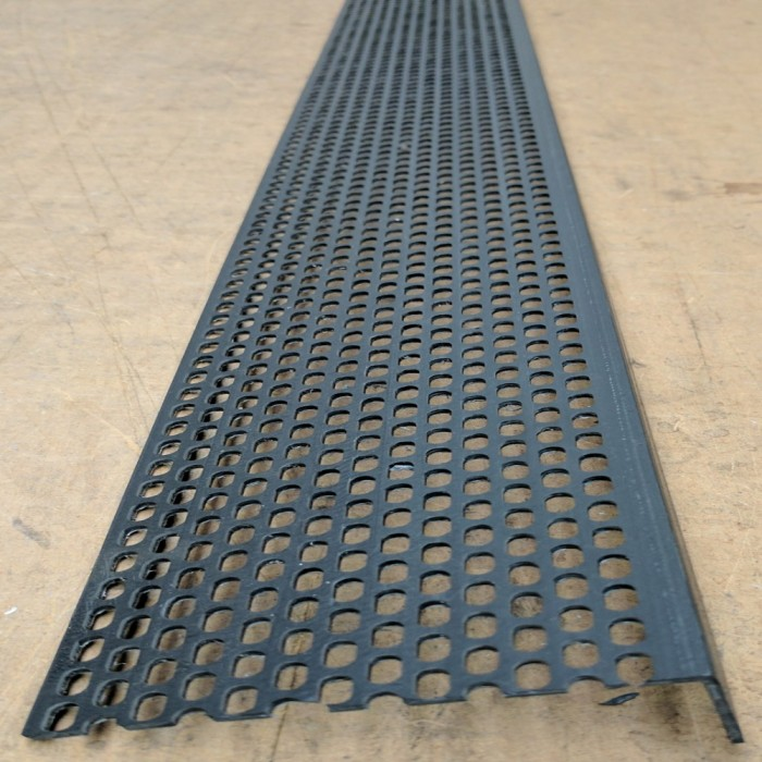 Wemico 30mm x 90mm x 2.5m Black PVC Ventilation Angle 1 length