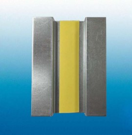 Protektor Galvanised Steel Service Support Plate for 18mm Ply Box of 100