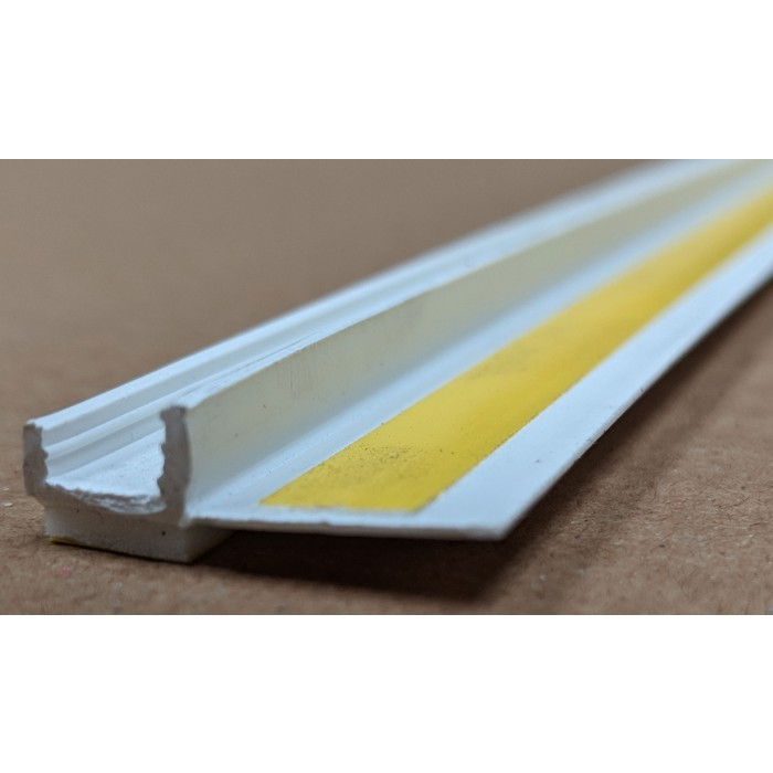 White PVC Self Adhesive Window / Door Frameseal Bead 9mm Render Depth 2.6m 1 Length