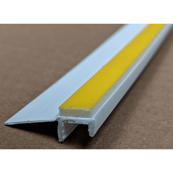 White PVC Self Adhesive Window / Door Frameseal Bead 8mm Render Depth 2.6m 1 Length