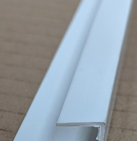 Wemico White PVC Clip on Profile 20mm x 10mm x 9.5mm x 2.5m 1 Length
