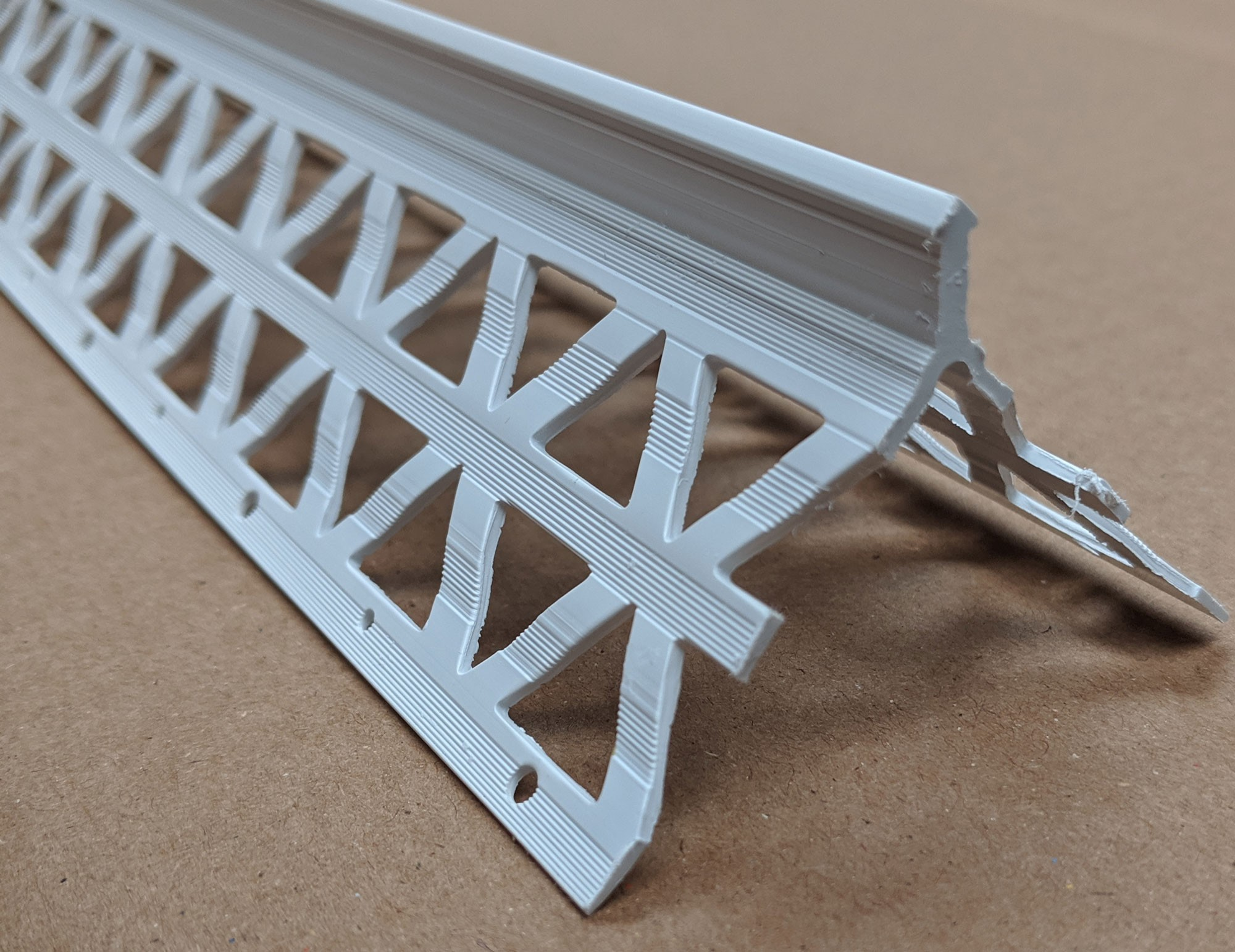 Pack of 10 Plasterboard 6-8 mm White Wemico PVC Corner Bead 2.5M Length